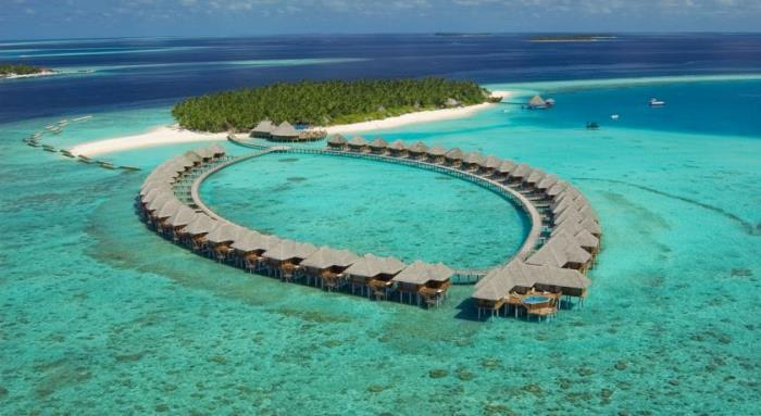 Sun Siyam Resorts wins Guest Review Awards 2016 by Booking.com