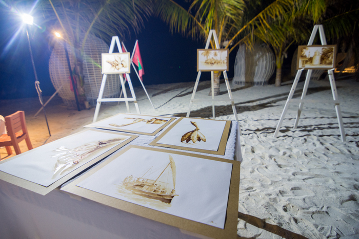 LUX* South Ari Atoll hosts crafts classes, spices up Maldivian Night