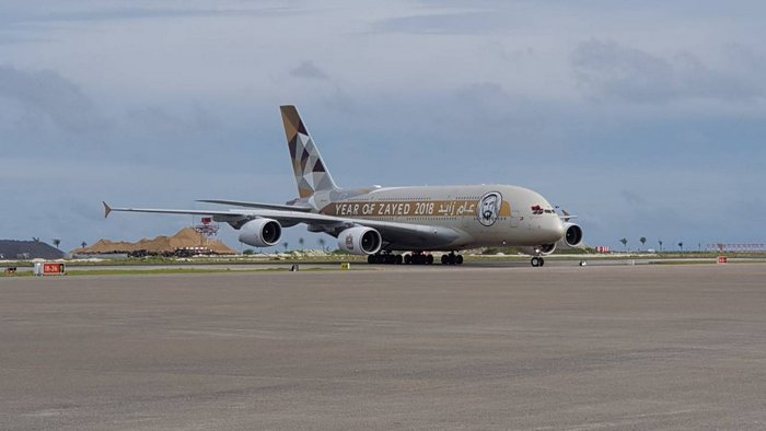 Maldives inaugurates new intl runway with historic Etihad Airways A380 flight