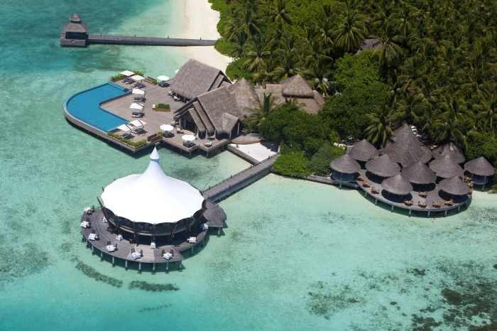 Baros Maldives defends Indian Ocean's Most Romantic Resort award for seventh year