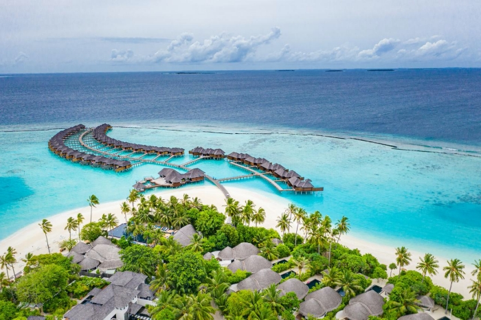 Maldives defers tourism lease rent