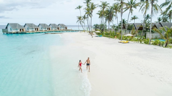 Fushifaru Maldives announces festive competition with holiday giveaway
