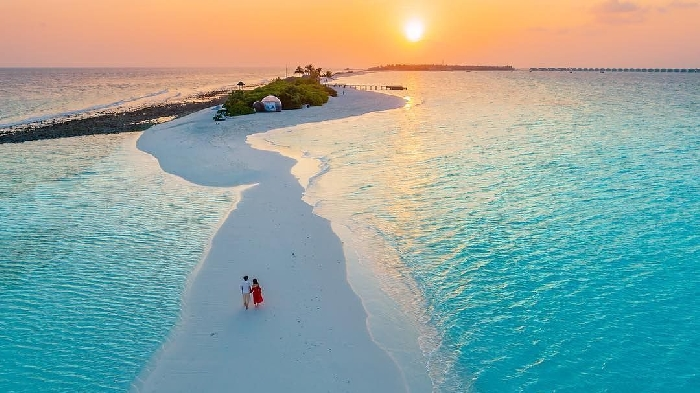 Where love is always in air: Pamper your valentine with romantic break at Seaside Finolhu